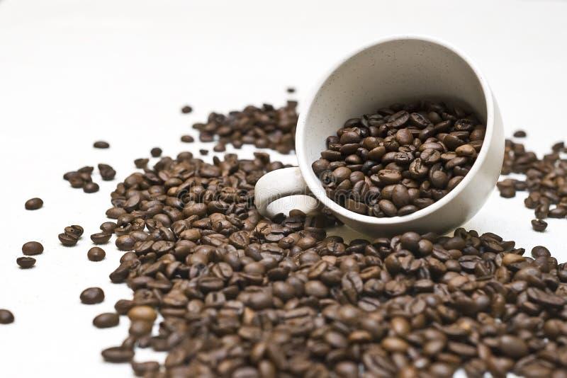 Zu viel Kaffee lizenzfreie stockbilder
