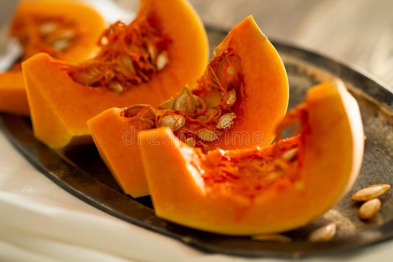 Zucca del taglio dell'arancio fotografia stock