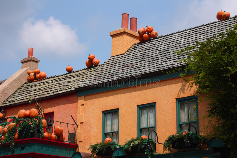 Zucche sui tetti fotografie stock libere da diritti