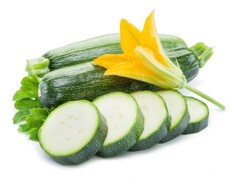 Zucchini σε λευκό φόντο στοκ φωτογραφία