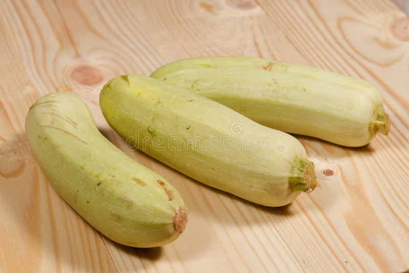 Zucchini fresco immagine stock
