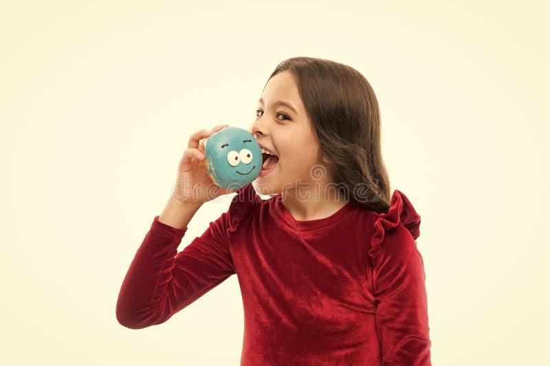 Zuckergeh?lter und gesunde Nahrung Gl?ckliche Kindheit und s??e Festlichkeiten Donut, der Di?tkonzept bricht M?dchengriff glasier stockfotografie