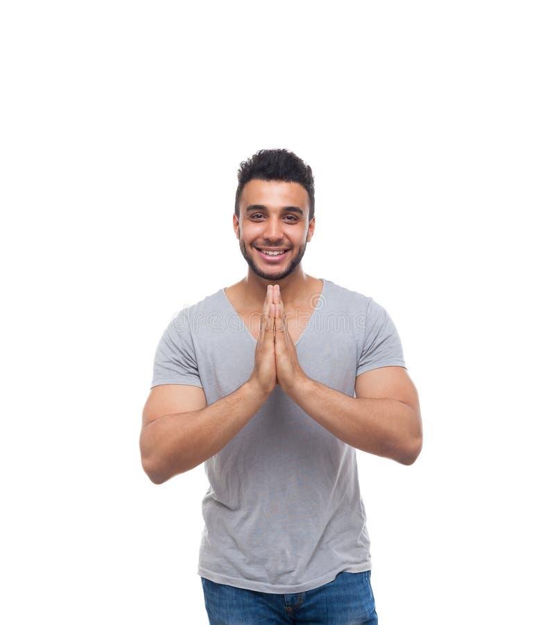 Zufälliges Mann-Griff-Verschluss-Handzusammen glückliches Lächeln-junger hübscher Kerl stockfotos