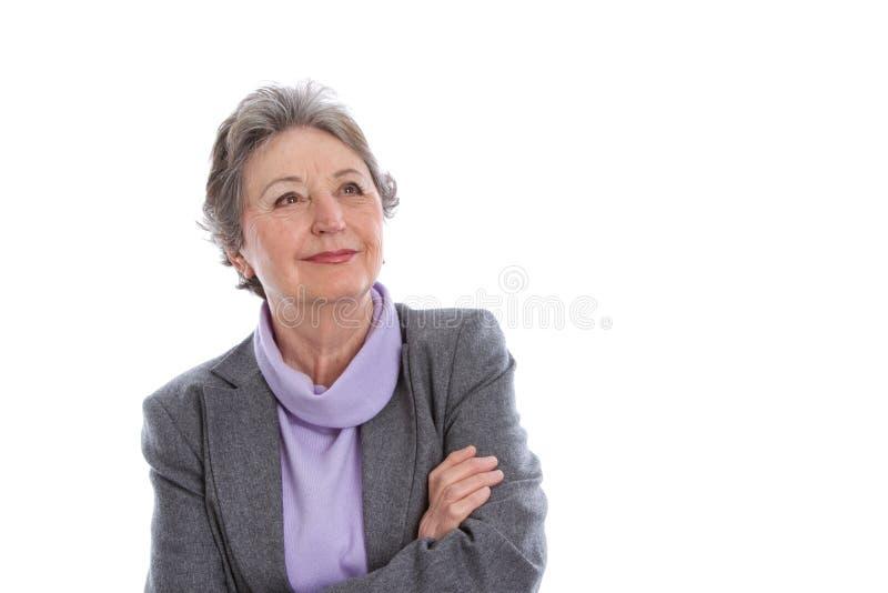 Zufrieden gestellte ältere Dame - ältere Frau lokalisiert auf weißem Hintergrund lizenzfreies stockbild