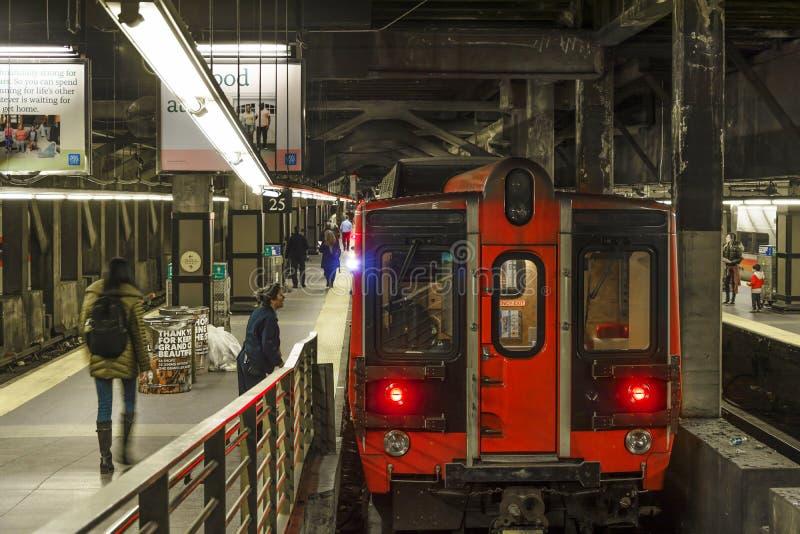 Zug bereit, in New York zu gehen stockfotos