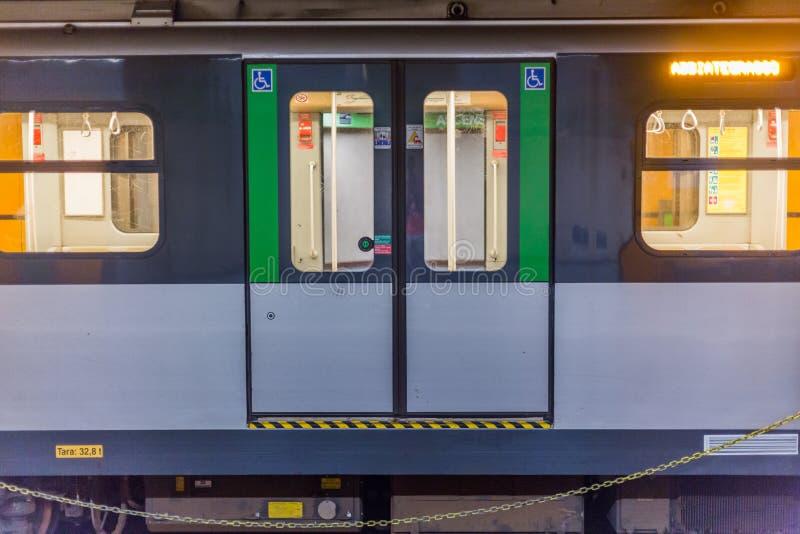 Zug in Mailand stockfotografie