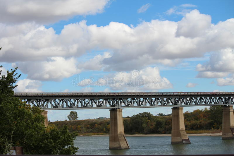 Zugbrücke lizenzfreies stockfoto
