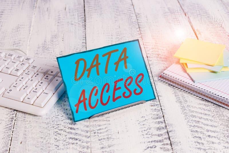 Zugriff auf Textschreibtexte Geschäftskonzept für Benutzer ist der Zugriff auf in einer Datenbank gespeicherte Daten lizenzfreie stockfotos