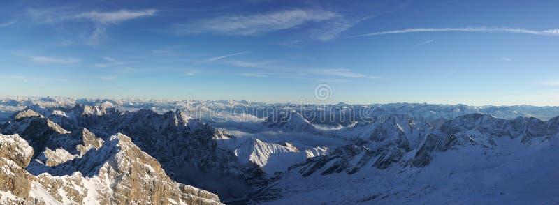 Zugspitze - parte superior de Alemanha imagem de stock royalty free