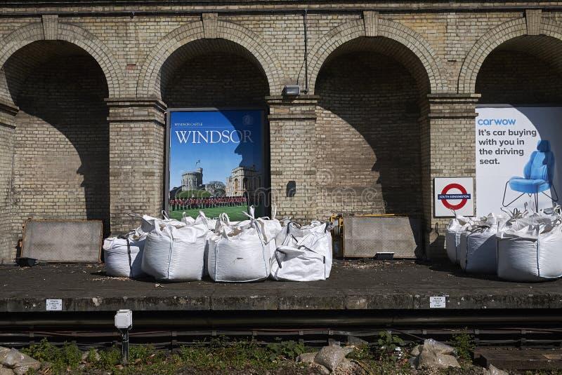 Zuiden ondergrondse Kensington stock foto's