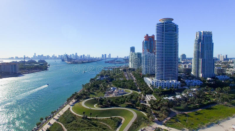 Zuiden Pointe, Miami Lucht mening van het strand van Miami stock afbeelding