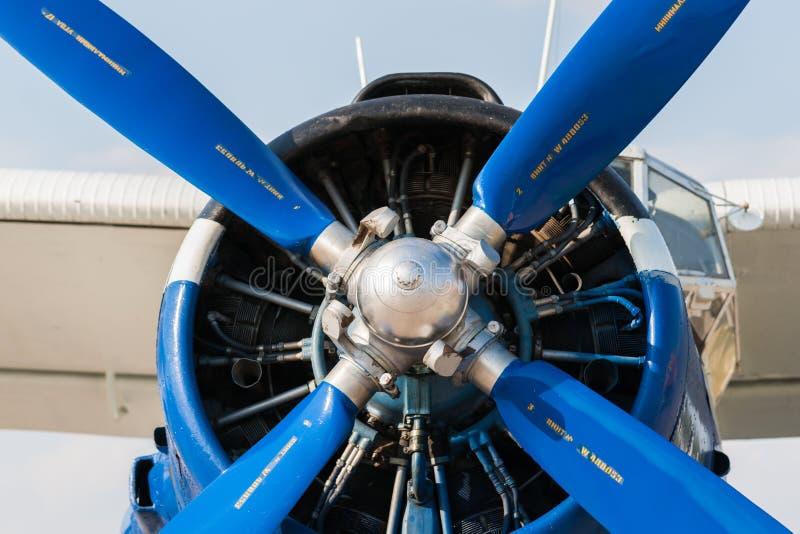 Zuigermotor van de Sovjet lichte vliegtuigen van Antonov An2 stock foto's