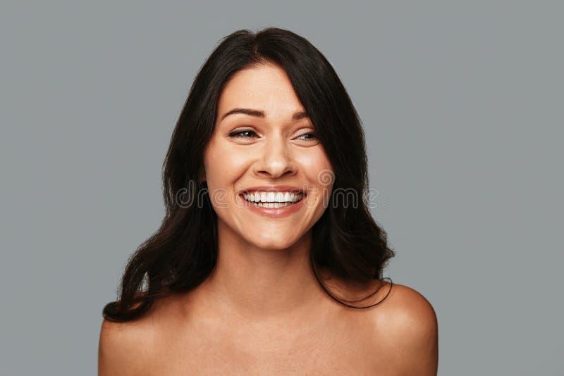 Zuivere vrouwelijke schoonheid stock afbeelding