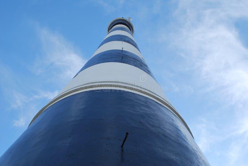 Zum Leuchtturm stockbild