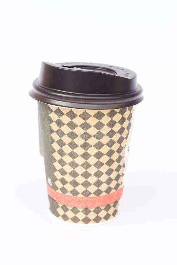 Zum Mitnehmen Kaffeetasse lokalisiert auf weißem Hintergrund lizenzfreie stockfotos