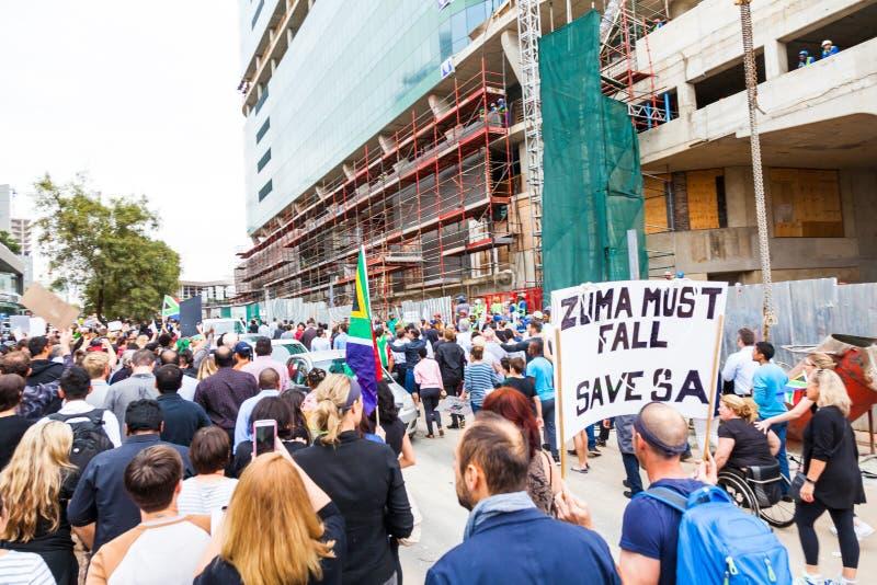Zuma должен упасть марш стоковое фото