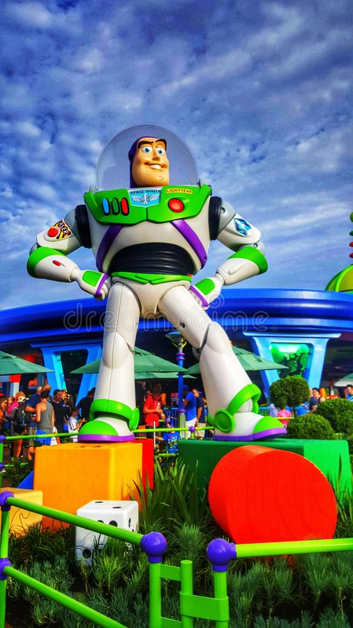 Zumba o ano claro em Toy Story Land em estúdios do ` s Hollywood de Disney imagens de stock