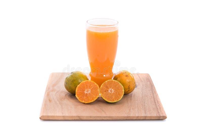 Download Zumo de naranja aislado imagen de archivo. Imagen de cristal - 64204403