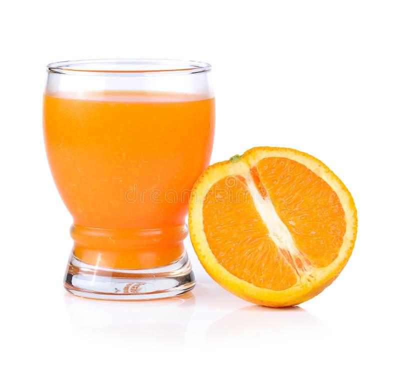 Zumo de naranja aislado en el fondo blanco fotografía de archivo