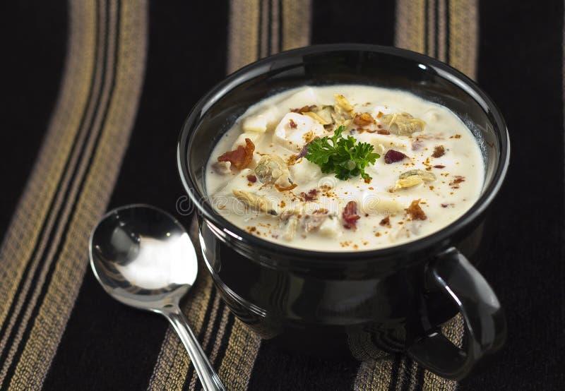 Zuppa di molluschi e latte della Nuova Inghilterra immagine stock