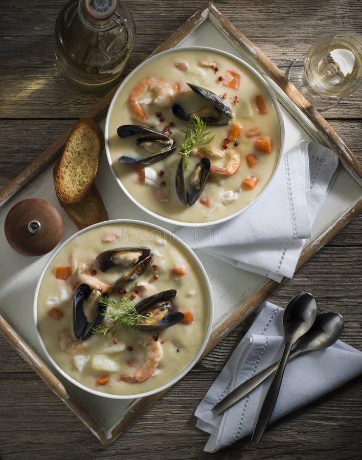Zuppa di pesce fotografia stock