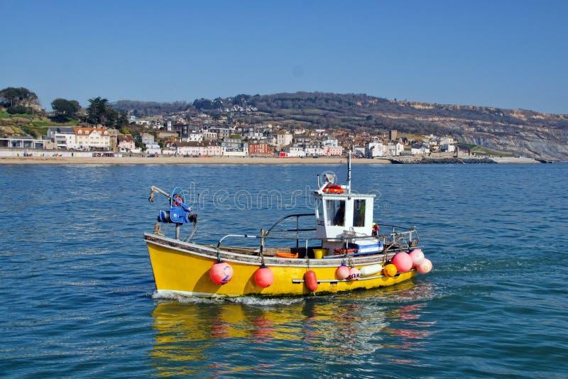 Zurückbringen zum Hafen | Lyme Regis lizenzfreie stockfotos