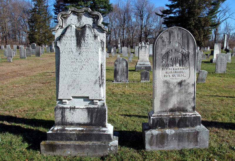 Zure regen in begraafplaats