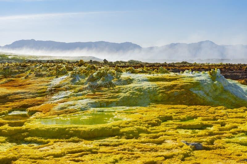 Zure vijvers in Dallol-plaats in de Danakil-Depressie in Ethiopi?, Afrika royalty-vrije stock foto