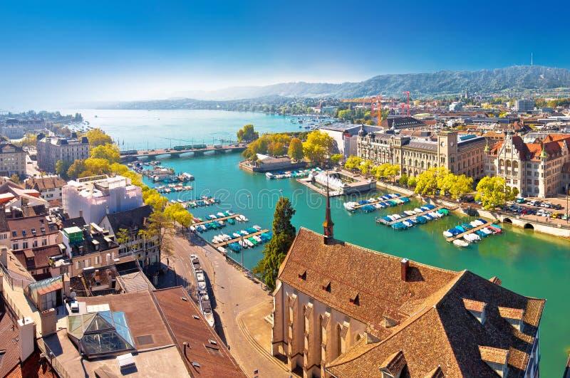Zurich湖和利马特河河江边空中全景 免版税图库摄影