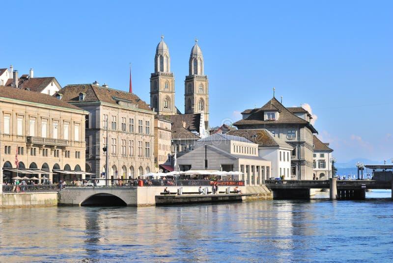Zurich. Limmat rzeki bulwar obrazy stock