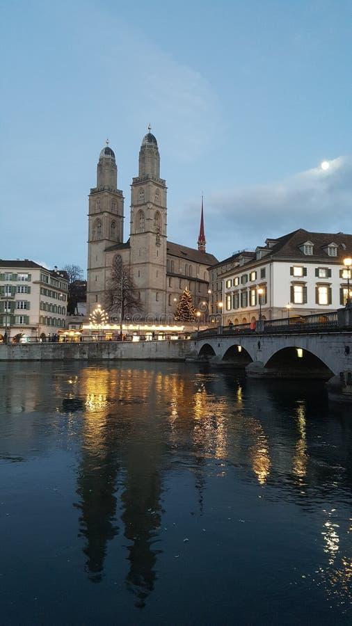 Zurich skymning royaltyfri foto