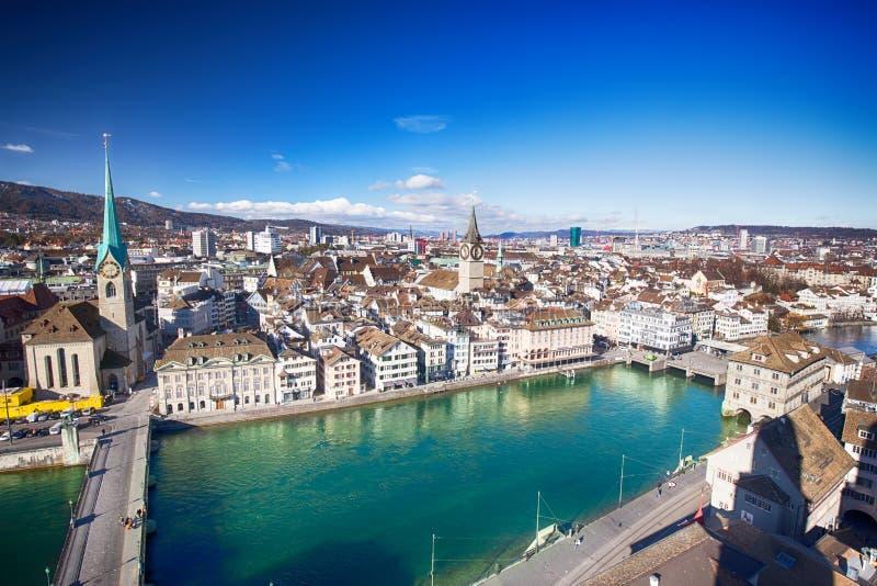 ZURICH, SUIZA - 11 de febrero de 2016 - vista de Zuri histórico fotografía de archivo libre de regalías