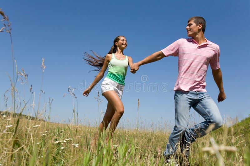 Zusammen laufen stockfotos