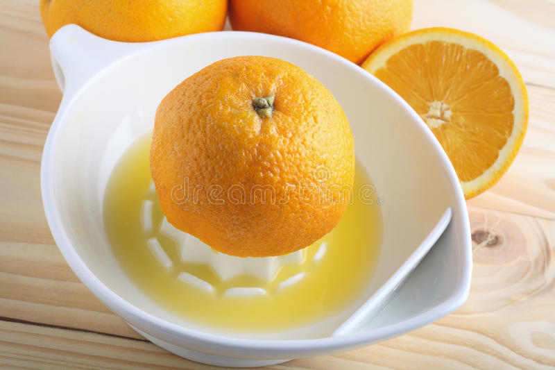 Zusammendrücken des orange hölzernen Hintergrundes lizenzfreie stockbilder