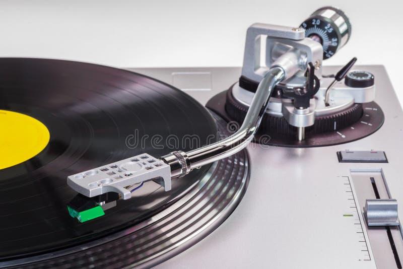 Zusammenfassung eines Vinylrekordspielers stockbilder