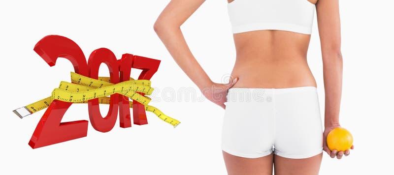 zusammengesetztes Bild 3D der hinteren Ansicht des weiblichen schlanken Körpers kurz gesagt lizenzfreie stockbilder