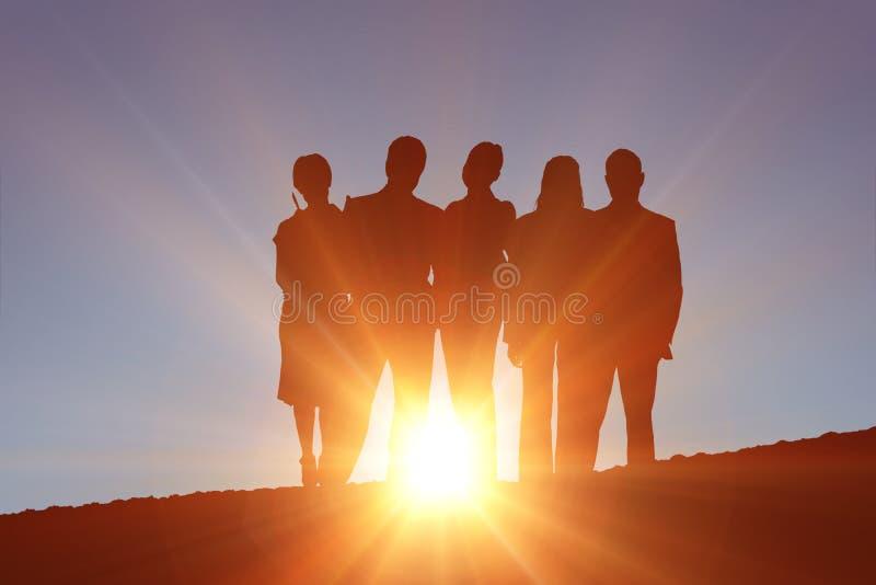 Zusammengesetztes Bild der Schattenbild-Stellung stockfotos
