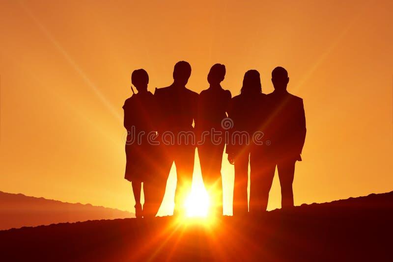 Zusammengesetztes Bild der Schattenbild-Stellung lizenzfreies stockfoto