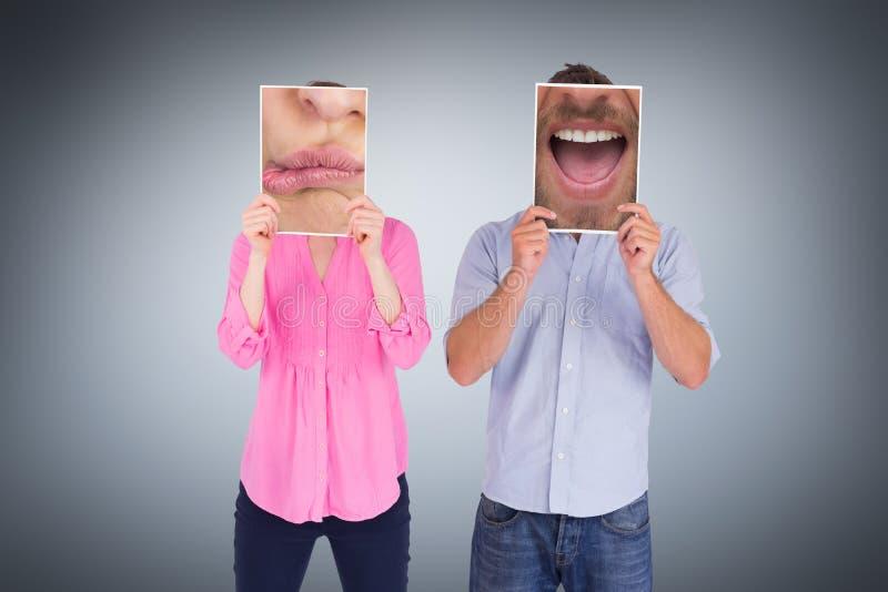 Zusammengesetztes Bild des Abschlusses oben der Frau mit den Lippen geschürzt stockbilder