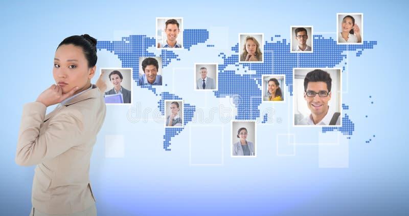 Zusammengesetztes Bild des durchdachtem asiatischem Geschäftsfrauzeigens lizenzfreie stockbilder