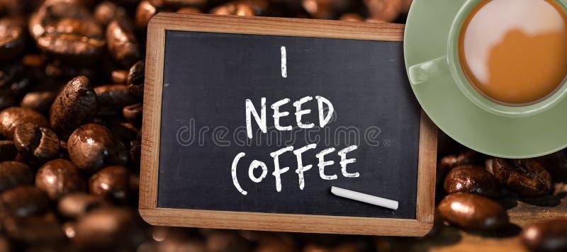 Zusammengesetztes Bild des grünen Tasse Kaffees stockbilder