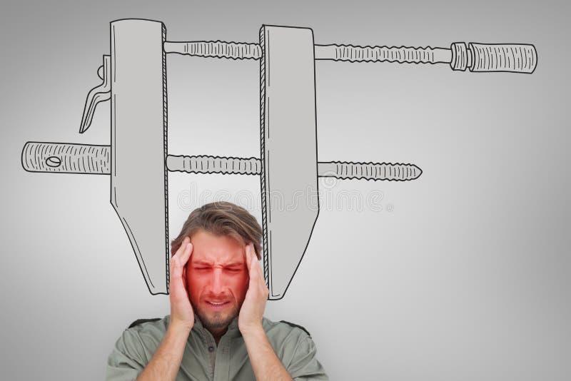 Zusammengesetztes Bild des Mannes mit Kopfschmerzen lizenzfreie stockfotografie
