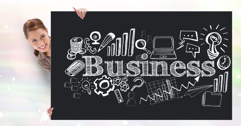 Zusammengesetztes Bild Digital der Geschäftsfrau Anschlagbrett mit Geschäftstext und -ikonen halten lizenzfreies stockbild
