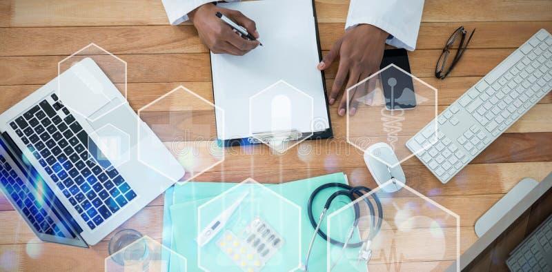 Zusammengesetztes Bild von medizinischen Ikonen in den Hexagonen schließen Menü an lizenzfreies stockbild