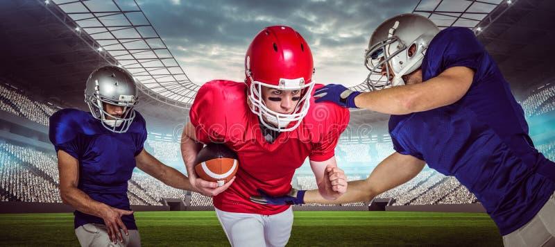 Zusammengesetztes Bild von Spielern des amerikanischen Fußballs 3D lizenzfreie stockfotos