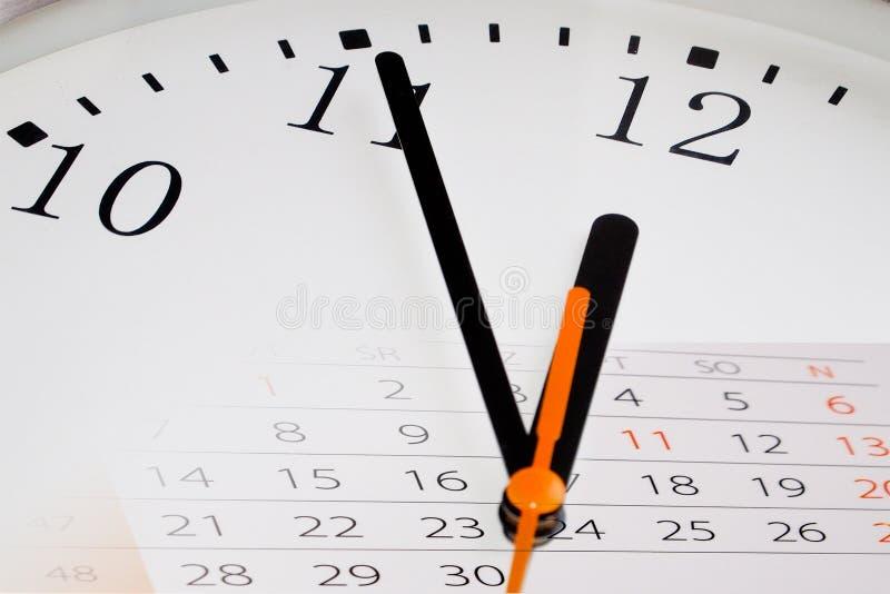 Zusammensetzung der Borduhr und des Kalenders lizenzfreies stockbild
