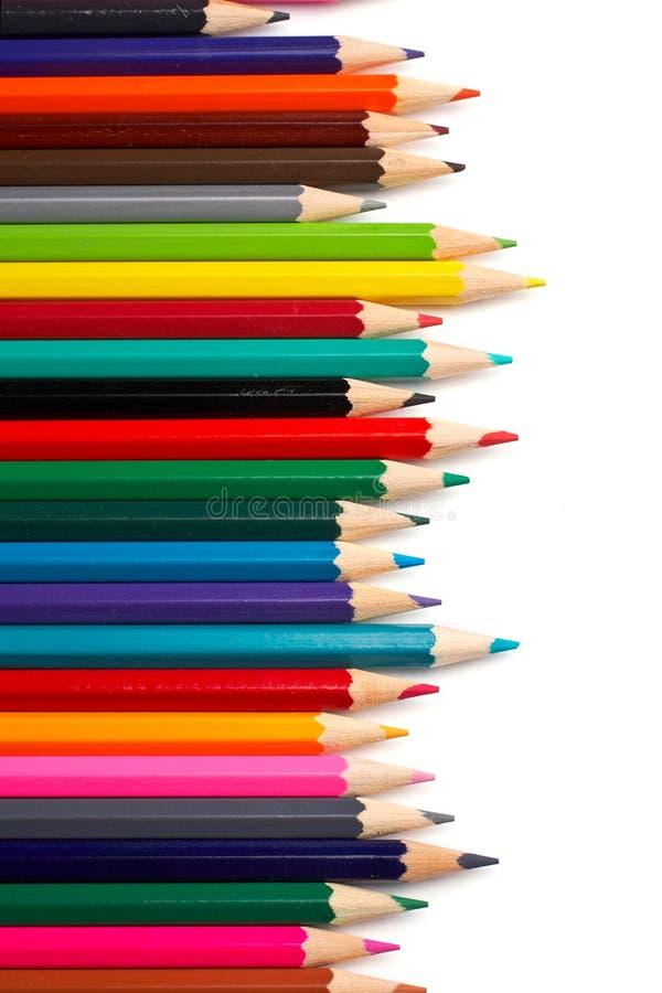 Zusammenstellung der farbigen Bleistifte stockbild