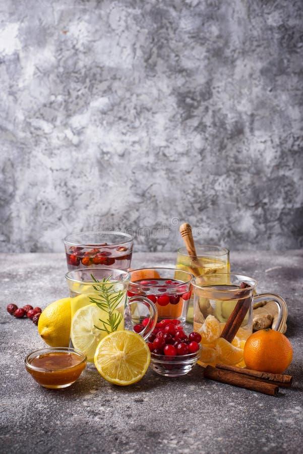 Zusammenstellung des gesunden Tees des Winters f?r die Immunit?tsf?rderung lizenzfreie stockfotos
