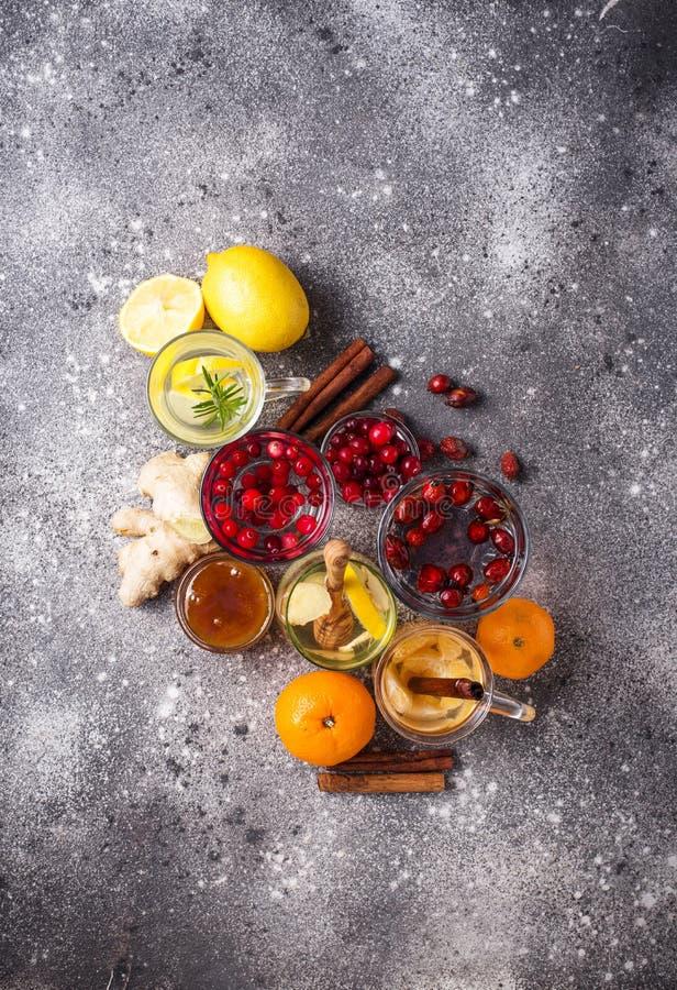 Zusammenstellung des gesunden Tees des Winters f?r die Immunit?tsf?rderung lizenzfreie stockfotografie