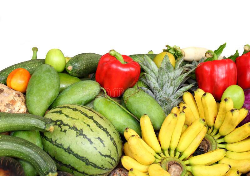 Zusammenstellung von frischen Obst und Gemüse von, lokalisiert auf Weiß stockbilder